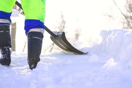 Die Gebäudereinigung Reils & Wahl bietet einen umfangreichen Winterdienst für Hausbesitzer im Kreis Mettmann.